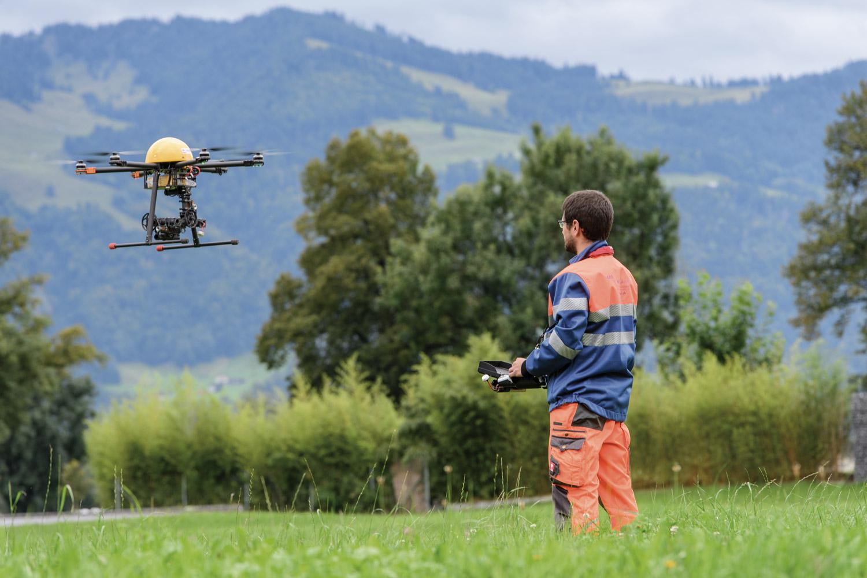 GEO Netz Vermessung und Bauingenieurwesen, Geomatik Schwyz Drohnenvermessung